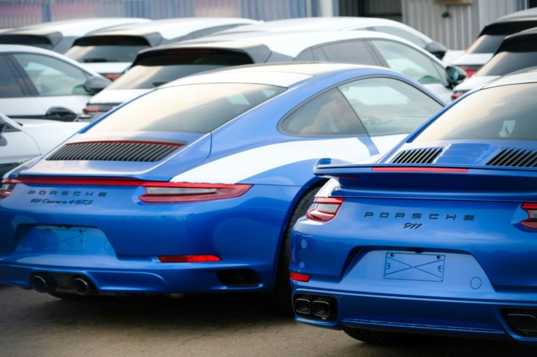 Porsche warns United Kingdom buyers of 10% price rise after no-deal Brexit