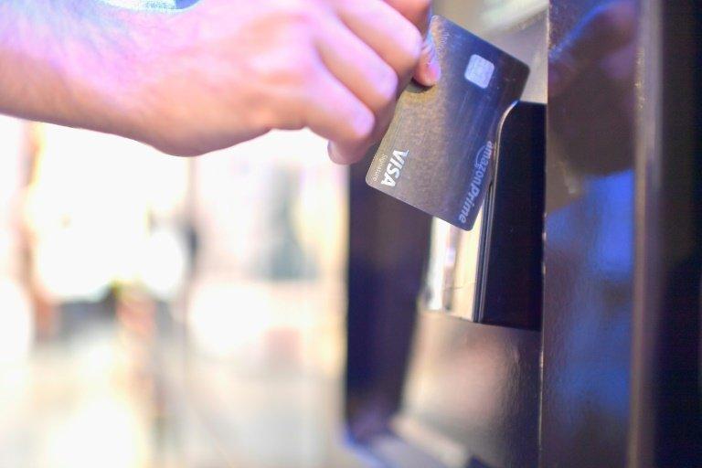 Philadelphia City Council Bans Cashless Stores