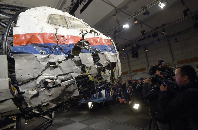 Australia and Netherlands in talks with Russian Federation over downed Malaysia jet