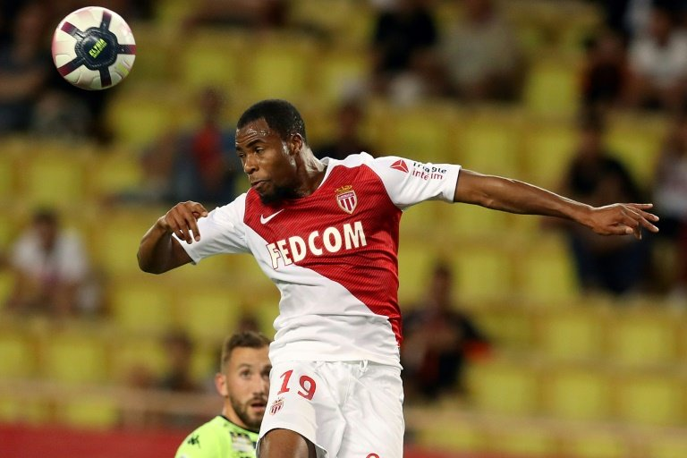 Djibril Sidibe joins Everton on loan from Monaco