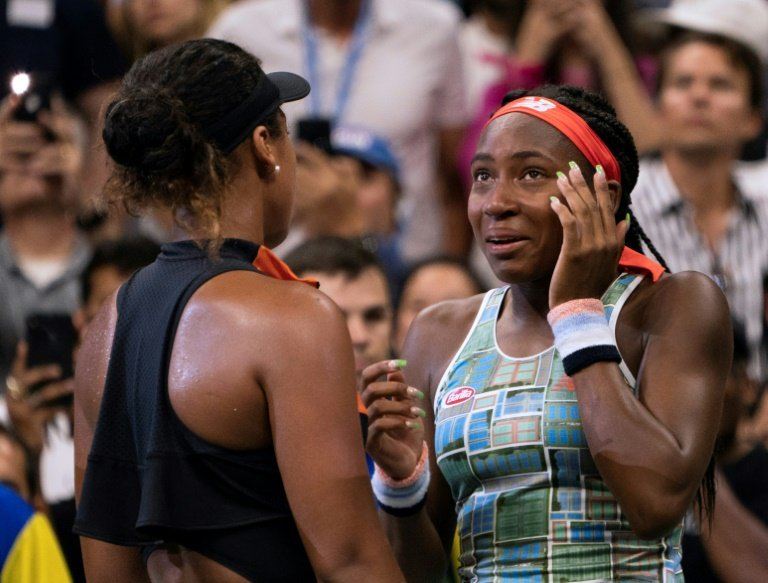 Naomi Osaka rolls to dominant win against Coco Gauff at US Open