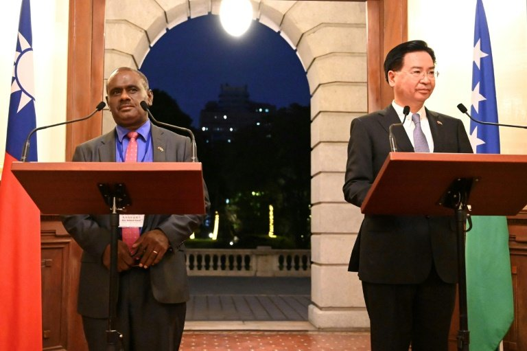 Taiwan says Solomon Islands switches recognit...
