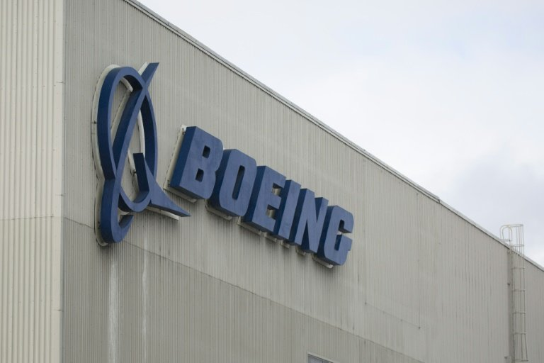 Boeing chair: CEO won't get bonus until Max flies