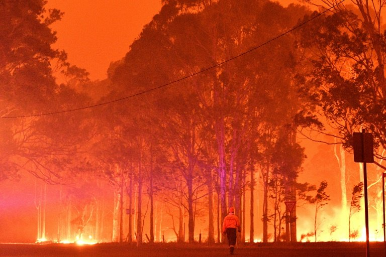 Records predicted: Australia fires speed global CO2 level rise: UK Met Office