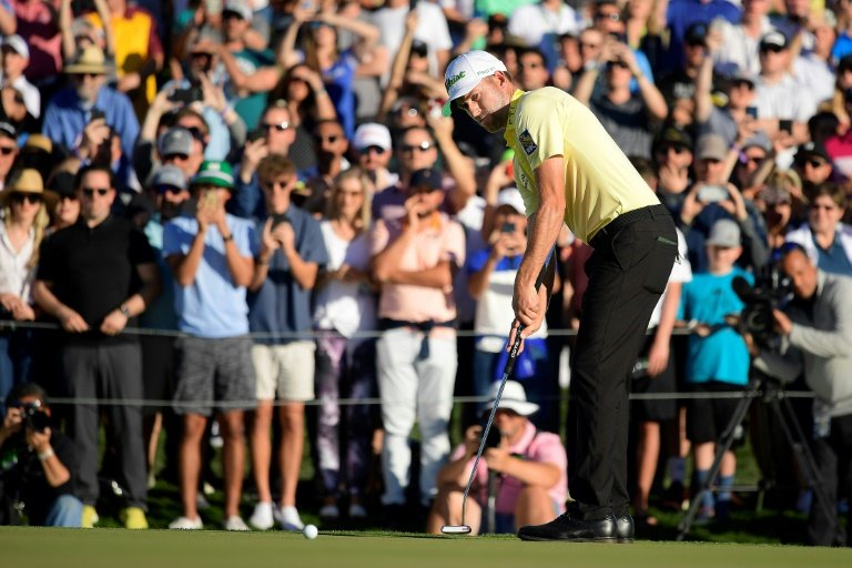 Simpson makes hole-in-1 at Waste Management Open Golfweek