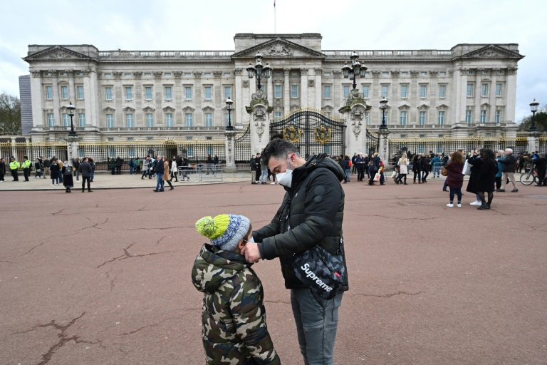 Coronavirus: Londres promet de soutenir son économie