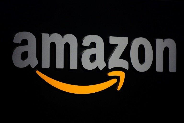 Amazon tourne à plein régime et va recruter 100.000 personnes