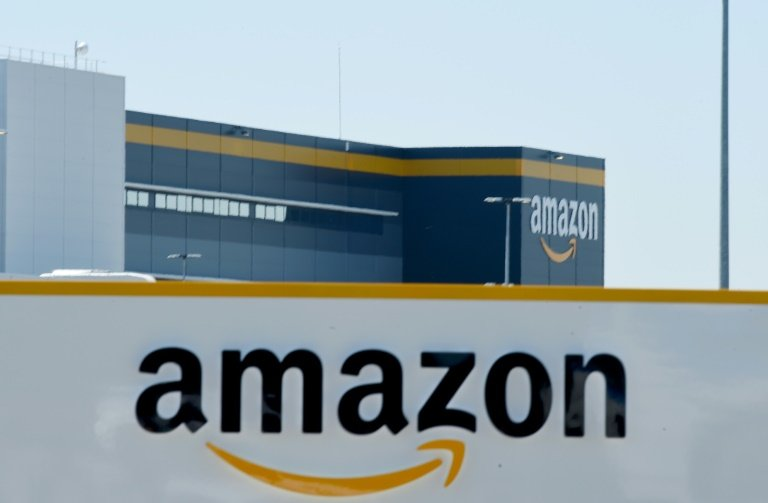 Self-driving vehicles: Amazon may buy robo-taxi startup Zoox