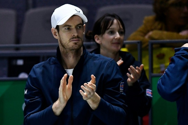 Andy Murray beaten by Kyle Edmund in Battle of the Brits