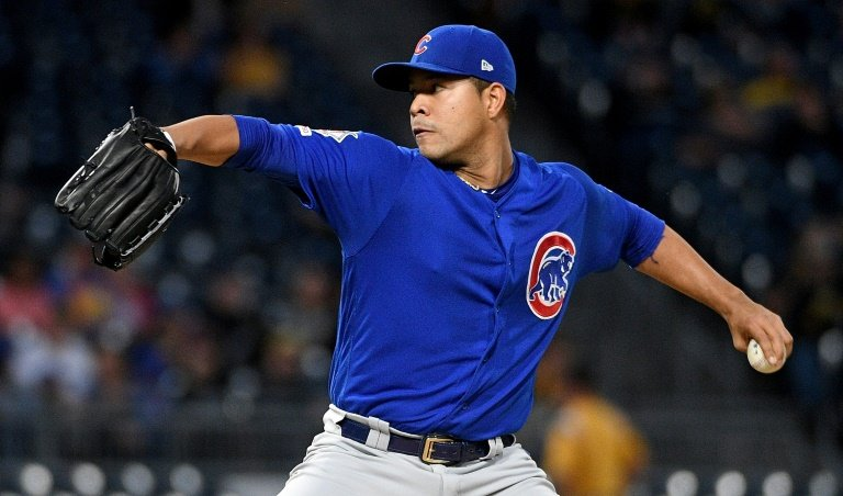 Cubs' Jose Quintana hurt washing dishes, has surgery