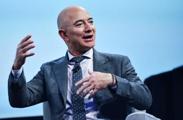 Jeff Bezos gagne une somme record en 24 heures