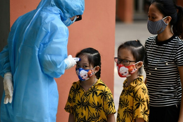 Vietnam reports 1st-ever COVID-19 death after new outbreak