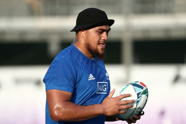 All Blacks prop Tu'ungafasi banned 3 matches for high tackle