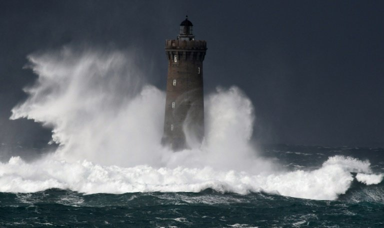Three warnings issued for 8 counties ahead of hail, sleet and snow