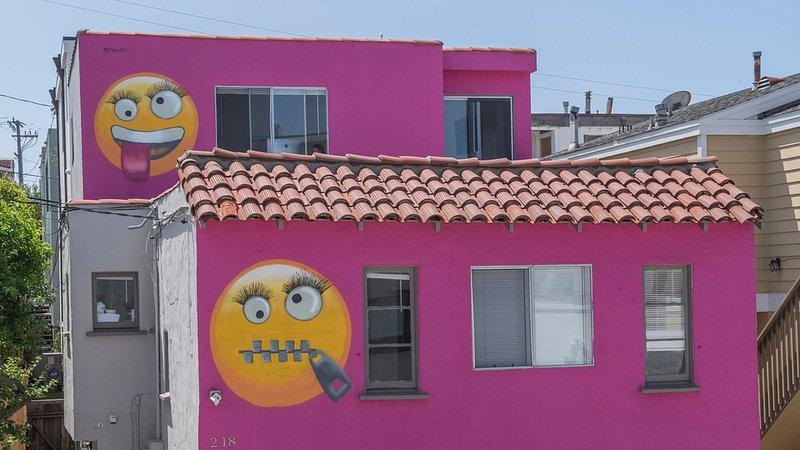 Those Darn Americans: Emoji House Infuriates