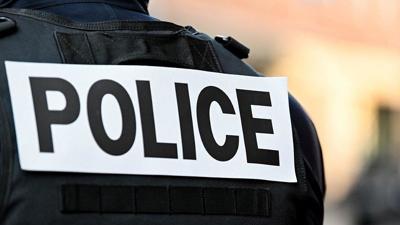 French police shoot and wound knifeman in Metz