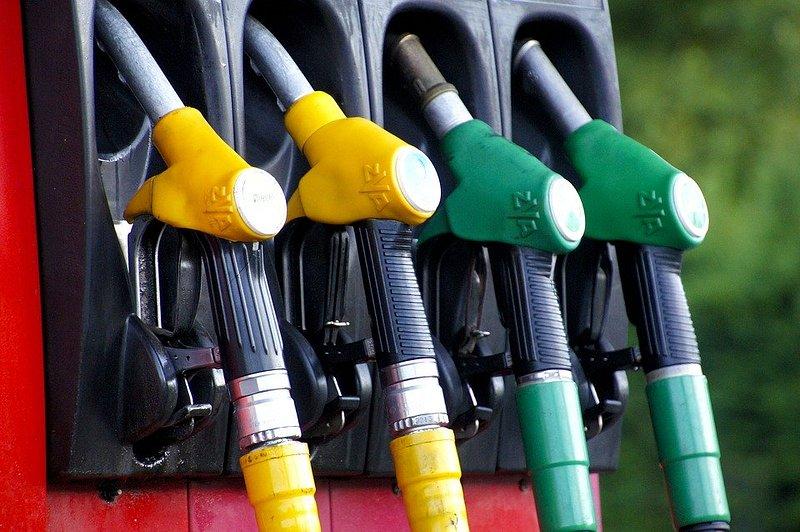 Les prix des carburants ont fortement baissé la semaine dernière en France