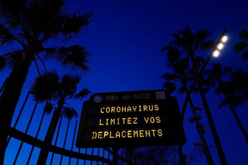 Coronavirus: des précisions sur les masques commandés par l'Etat